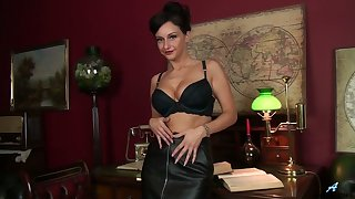 Amazing the man black head Cassie Clarke plays with her stark naked wet pussy