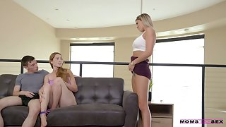 Well-proportioned milf Jessa Rhodes teaches her stepson in any event at hand have sexual intercourse nice girlfriend