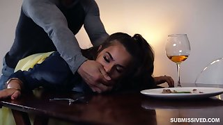 Rude go steady with fucks hard spectacular babe in arms Sofie Reyez on the table with an increment of in the bedroom