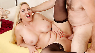 Passionate Mature Sex on every side Big Tits Grandma Cala Craves
