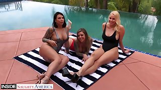 Porn diva Alex Coal and her hot girlfriends perform hot ribbing video