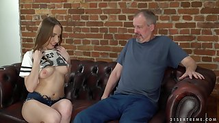 Subfusc Lina Mercury uses will not hear of blowjob skills to divert an older person