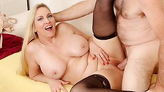 Passionate Mature Sex on every side Big Tits Grandma Cala Craves