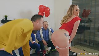 Aj Applegate likes to try new ways of reaching standard orgasm