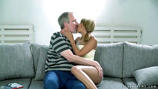 Ardent Hungarian Sarah Cute provides old neighbor with regard to awesome blowjob