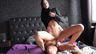 Muslim Floozy Sara Kay Rides Huge Hawkshaw