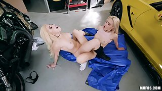 Lovely blondes divulge their true nature in being lesbo scenes