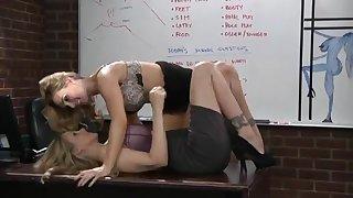 Tanya Tate And Julia Ann lesbian cougars sex