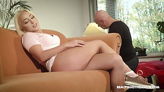 Torrid naturally on to blondie Daisy Dawkins gets pussy licked and banged