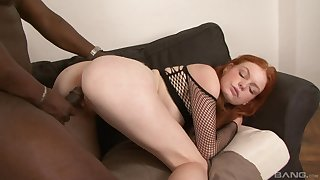 Redhead leaves massive black inches to invade her hairy cunt
