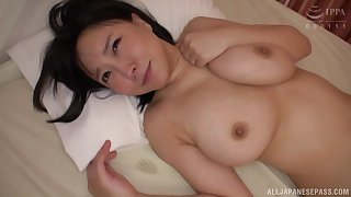 Busty Japanese babe Hanyuu Arisa gets her pussy fingered added to fucked