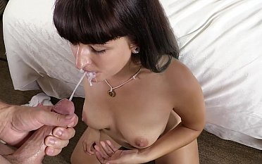 Pulchritudinous college babe sprinkled with cum heavens face